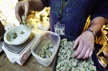 Le premier magasin de vente de marijuana était ouvert dans une ville au Sud de Washington. De même