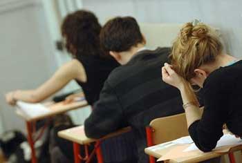 Suite à la multiplication des tentatives de triche dans les examens du