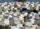Les entrepreneurs chargés de la construction et de la restauration des tombes dans les cimetières musulmans