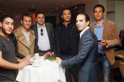 Le site « Athawra News » a publié une photo où figure l'ex- producteur et présentateur de l'émission télévisée Dimanche Sports