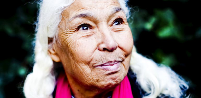 Nawal El Saadawi for features.  Photograph by Felix Clay.