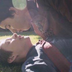 酷影音:男同志歌手 改編經典歌曲 MV詮釋同志少年愛情