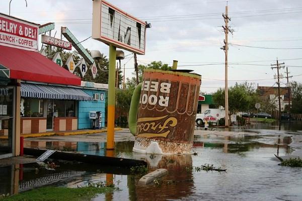 Characteristics of Resilience: The Vietnamese Community of Village de l'est after Hurricane Katrina