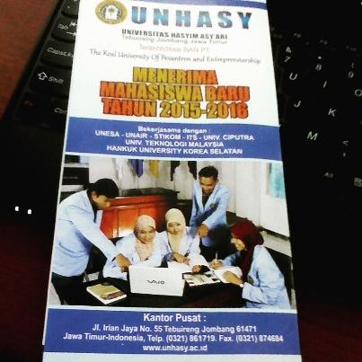 Brosur penerimaan mahasiswa baru UNHASY Tebuireng