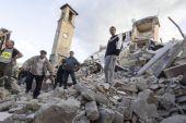 Aumenta a 120 cifra de fallecidos en terremoto de Italia