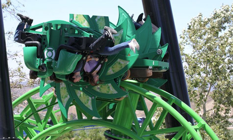 Six Flags Magic Mountain Green Lantern ZacSpin Intamin 02 Green Lantern: First Flight   Der turbulente erste Flug eines Superhelden