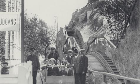 Rutschebane 1 Rutschebanen im Tivoli wird 100   Bergeweise Geburtstagsgeschenke