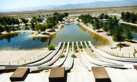 stehende Rutsche Lake Dolores   Wasserpark eröffnet neu nach 10 Jähriger Schließung