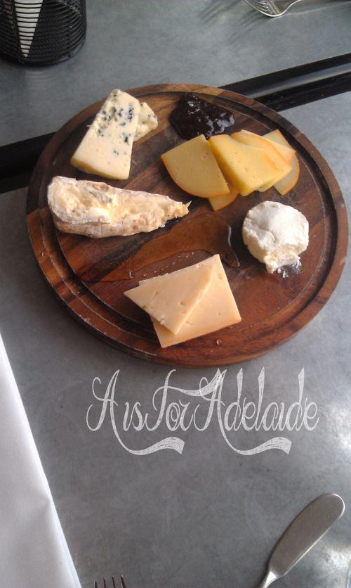 Ripple cheese platter