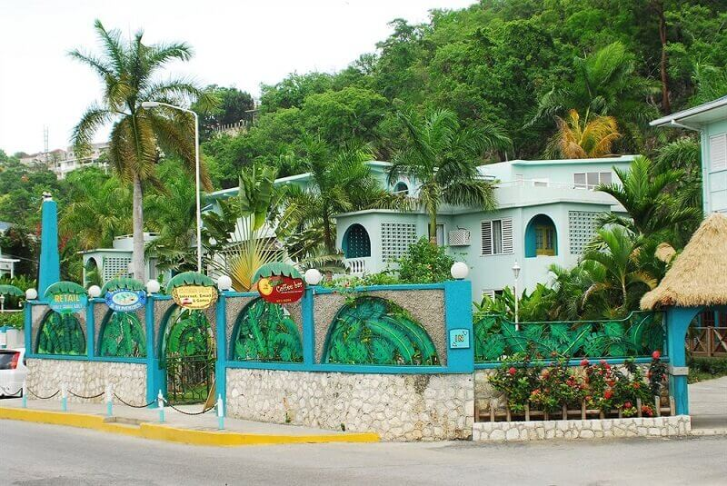 Doctors Cave Beach Hotel in Montego Bay, Jamaica