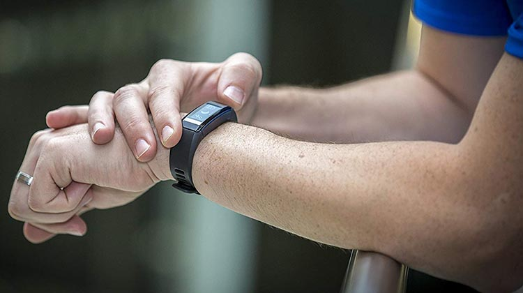 Garmin Vívosmart 3 activity tracker to be Used for Major Research Project. Project Tesserae participants will wear Garmin vívosmart 3 activity trackers to track vital health metrics