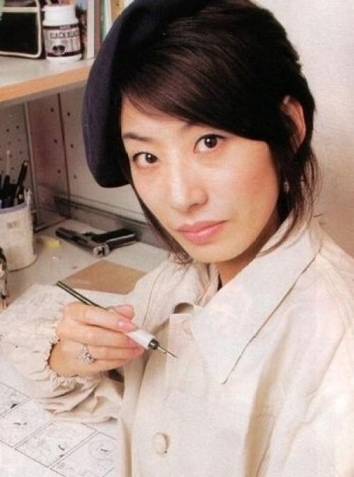 Mangakas y sus obras de arte Arakawa_hiromu_28