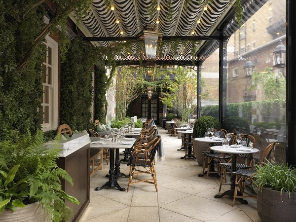 A lady of leisure news reviews and opinions on for Bloomsbury hotel terrace