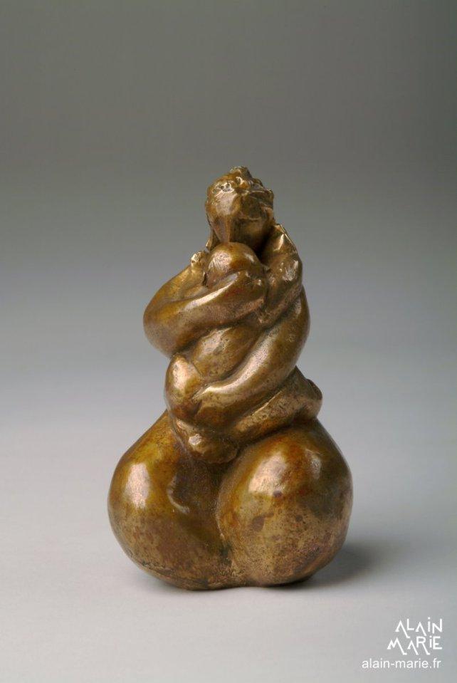 TPMaternité, bronze 9.5x6x6