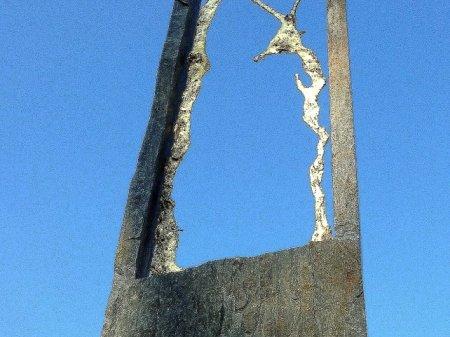 L'Arche , schiste du Portugal & bronze doré h.130 cm