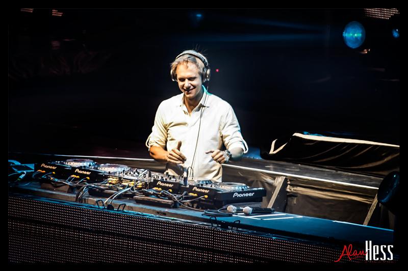 Armin_van_Buuren_03