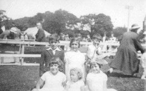 Thought to be the earliest known photo of Dunfermline Children's Gala - date unknown
