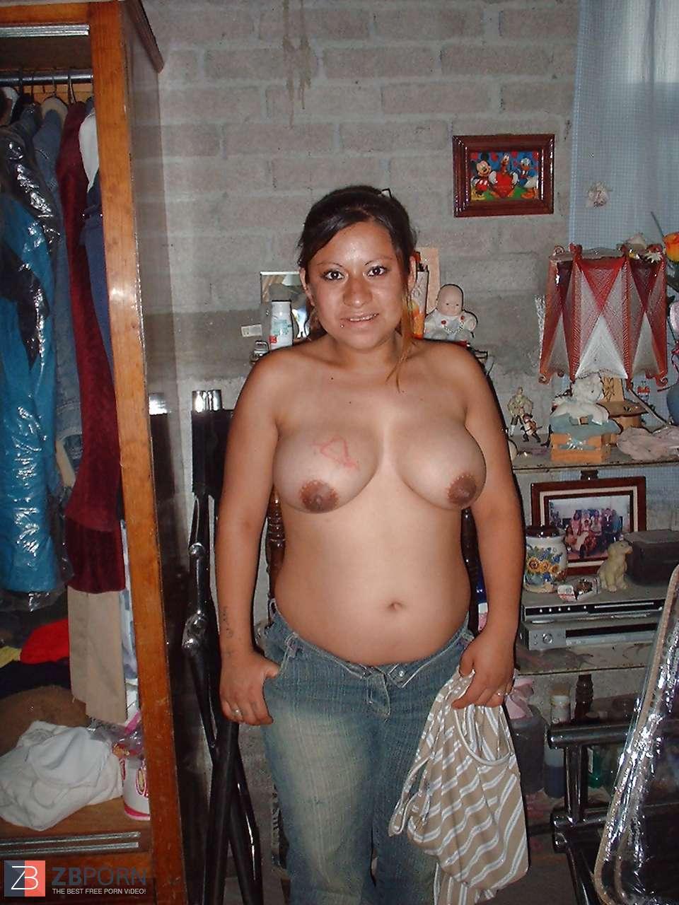 Ama de casa culona peluda posando 27pose1 8