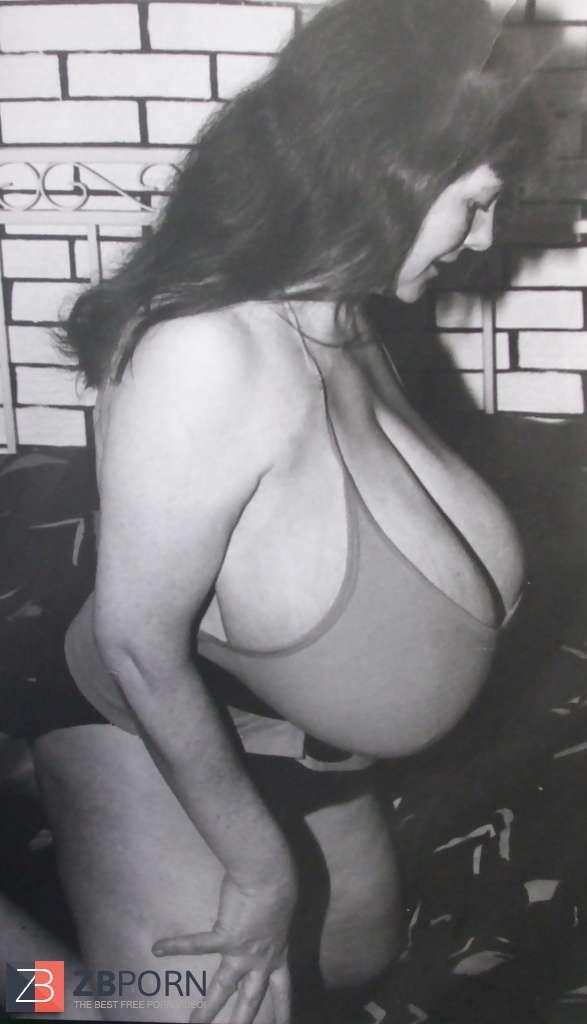rate beautiful girls breast