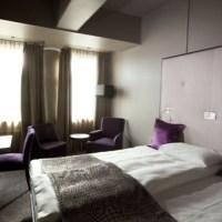 Clarion Collection Hotel Folketeatret - 5 Glade Masker