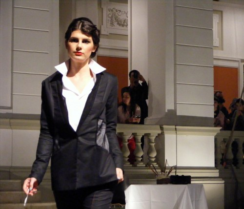 Prezentare de moda - Exodus Reinvented by Adriana Goilav 017
