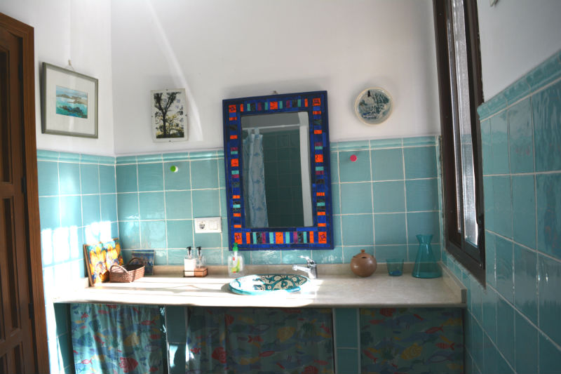 Cuarto de Aseo principal Villa Madrigueras Casa Rural