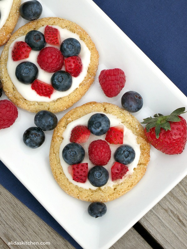Sugar Cookie Fruit Tarts | alidaskitchen.com