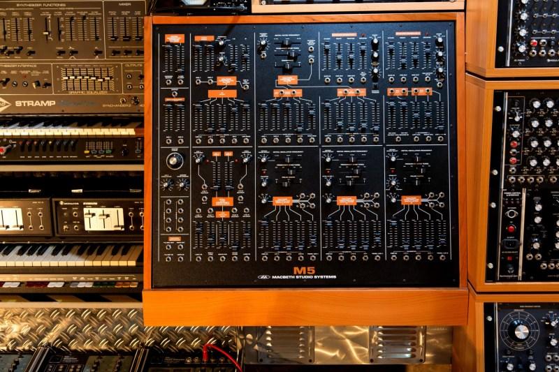 Big Modular Synth 029