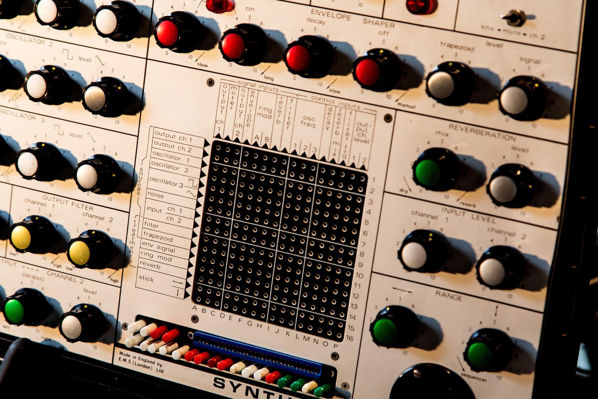 Big Modular Synth 037