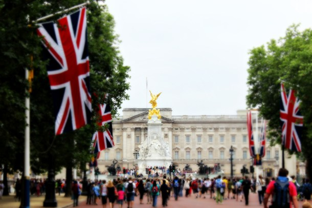 Buckingham Palace, London (Photo by Amy Watson Smith, July 2013)