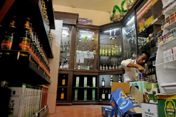 An alcohol shop in Myanmar - Philip Heijmans/Al Jazeera
