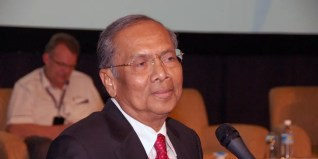 Adenan, the extremists and religious bigots are in Umno