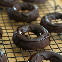 Chocolate Brownie Donuts - Low Carb and Gluten-Free