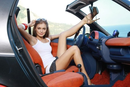 girls with car 9