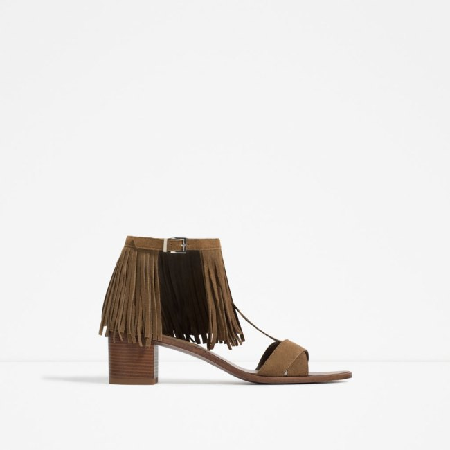 Ask you shall receive. For a while now I have been wanting a mid block heeled fringe sandal.  One morning this past spring while enjoying a cup of coffee in Soho,