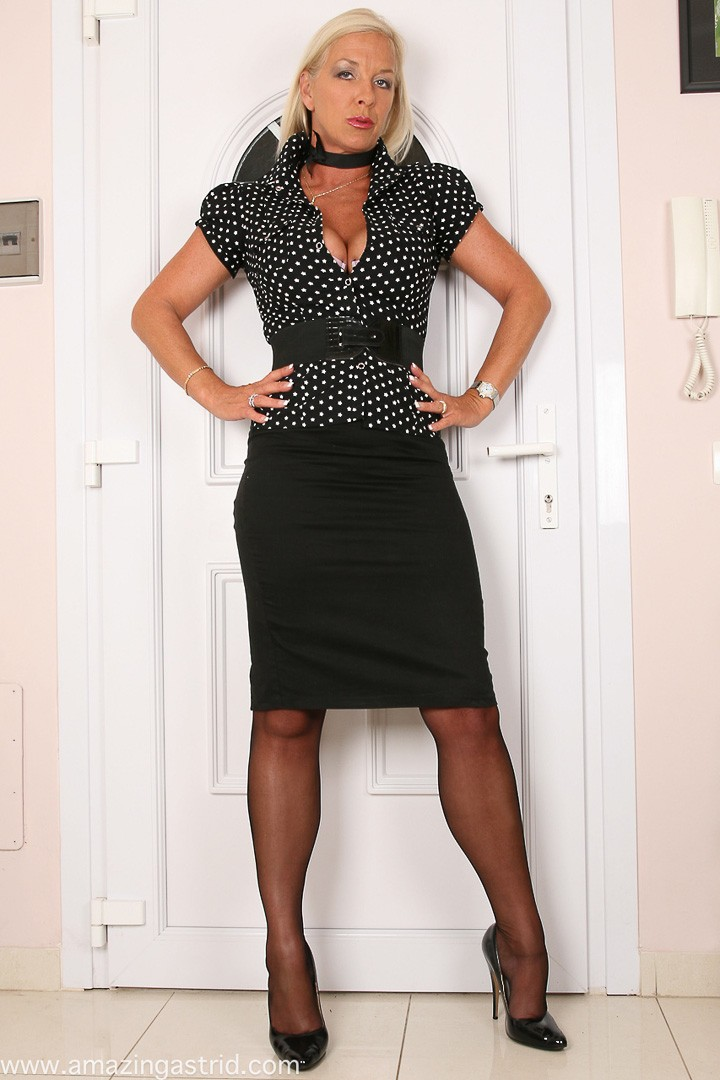 michelles nylons private