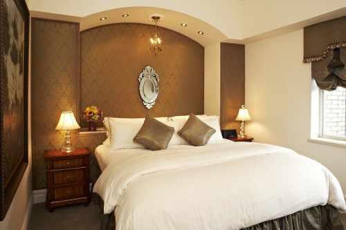 Kimberely hotel bedroom