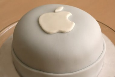 apple_logo_cake