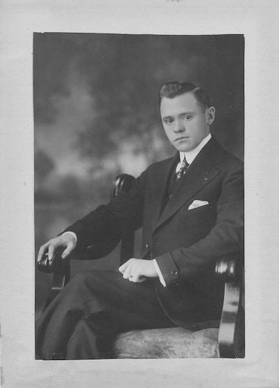 Sidney Montgomery 1916