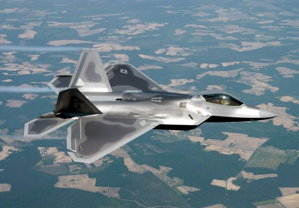 Top Ten Fighter Jets in the World : F-22 Raptor (US)
