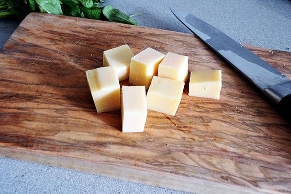 cortando-el-queso