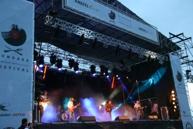 Escenario Mundaka Festival (foto: almabotxera)