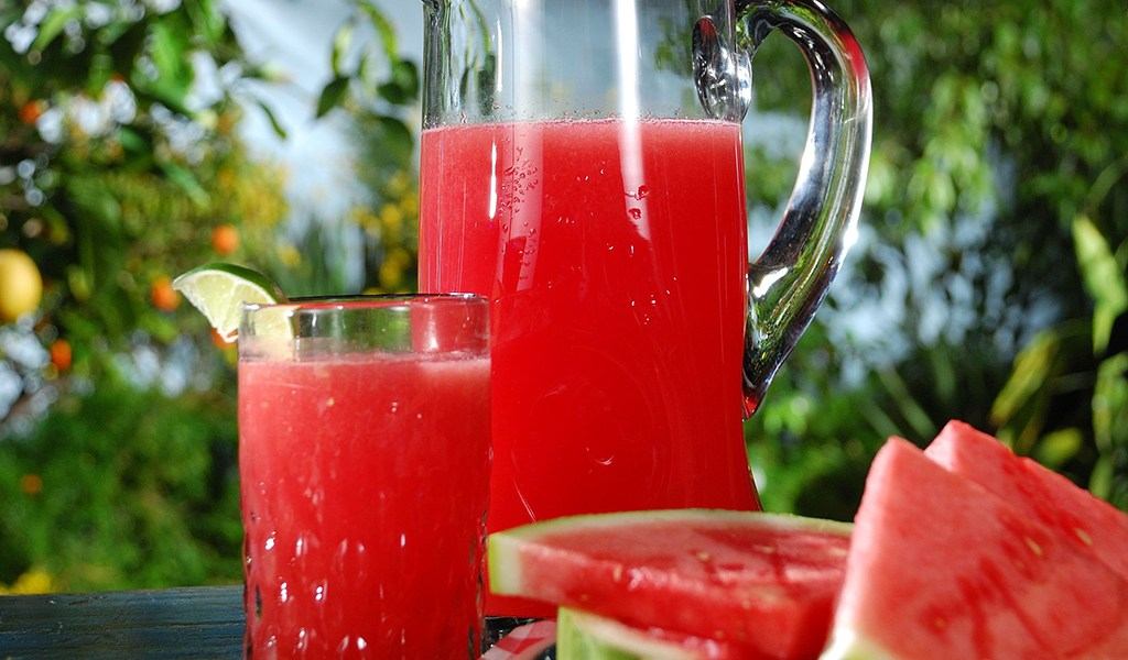 watermelon_juice_and_slice