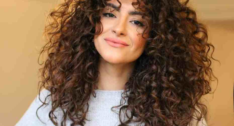 تسريح-الشعر-الكيرلي