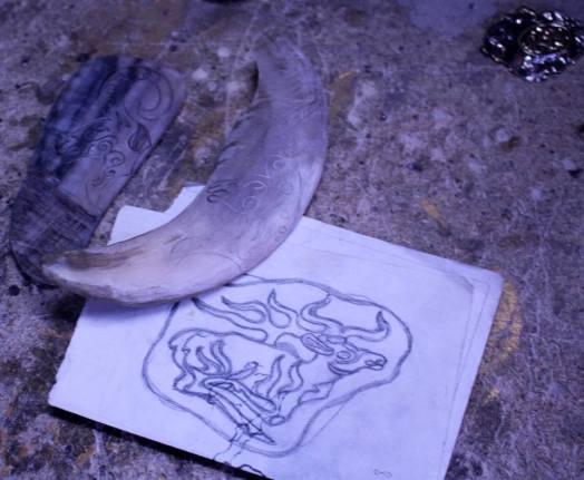 казахские сувениры, этническая одержда, национальный ормамент, казахский узор, сувенир, петроглифы, обработка дерева, обработка кости, обработка кожи