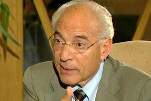 الباز لاسامة كمال :خريجي كليات العلوم بالجامعات لا يجدون عمل حكومي