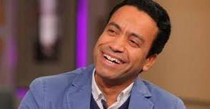 """الفنان سامح حسين: """"سعيد بتكريمى فى مسرح الجنوب بأسوان"""""""