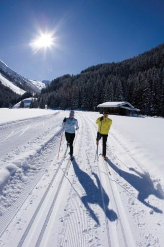 Skilanglauf (klassisch) in Hintertux, Zillertaler Alpen, Tirol, Österreich.