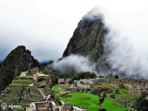 travel-to-peru-machu-picchu