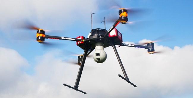 Surveillance par les airs grâce à un drone avec deux caméras: HD et thermique avec zoom